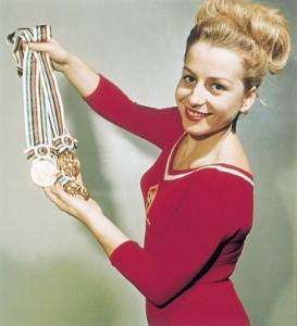 202833-img-vera-caslavska-olympiada-gymnastika-crop